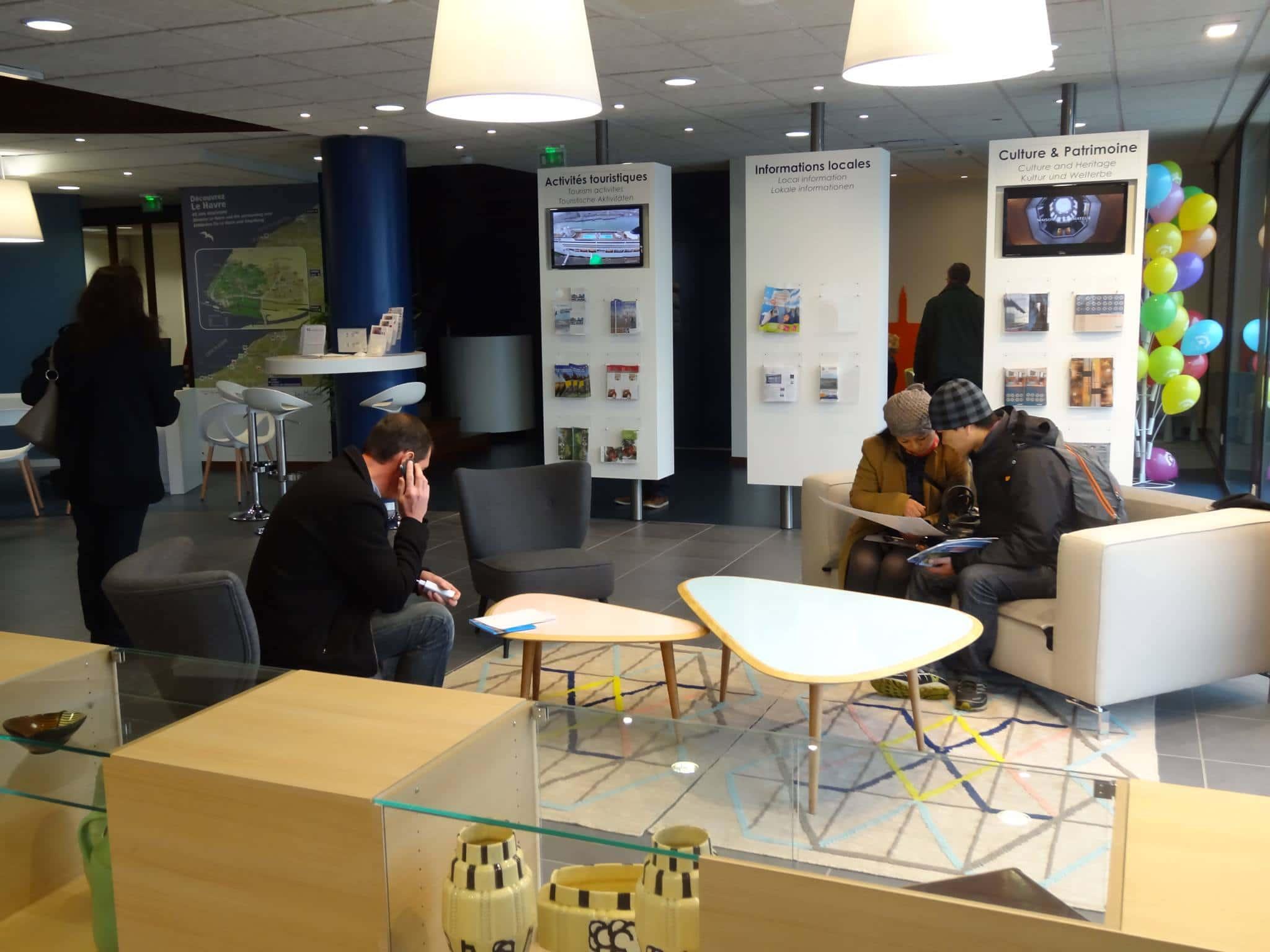 la collection printemps t de l 39 accueil touristique. Black Bedroom Furniture Sets. Home Design Ideas