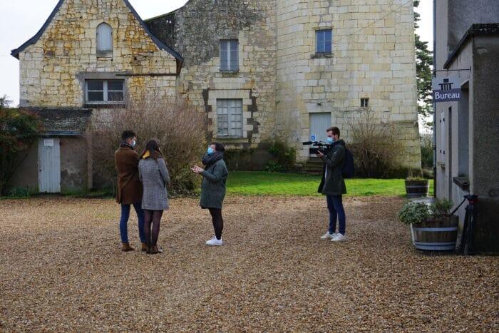 Etudiants angevins visitent le domaine viticole du Bois MOZE avec l'OT Anjou Vignobles et Villages